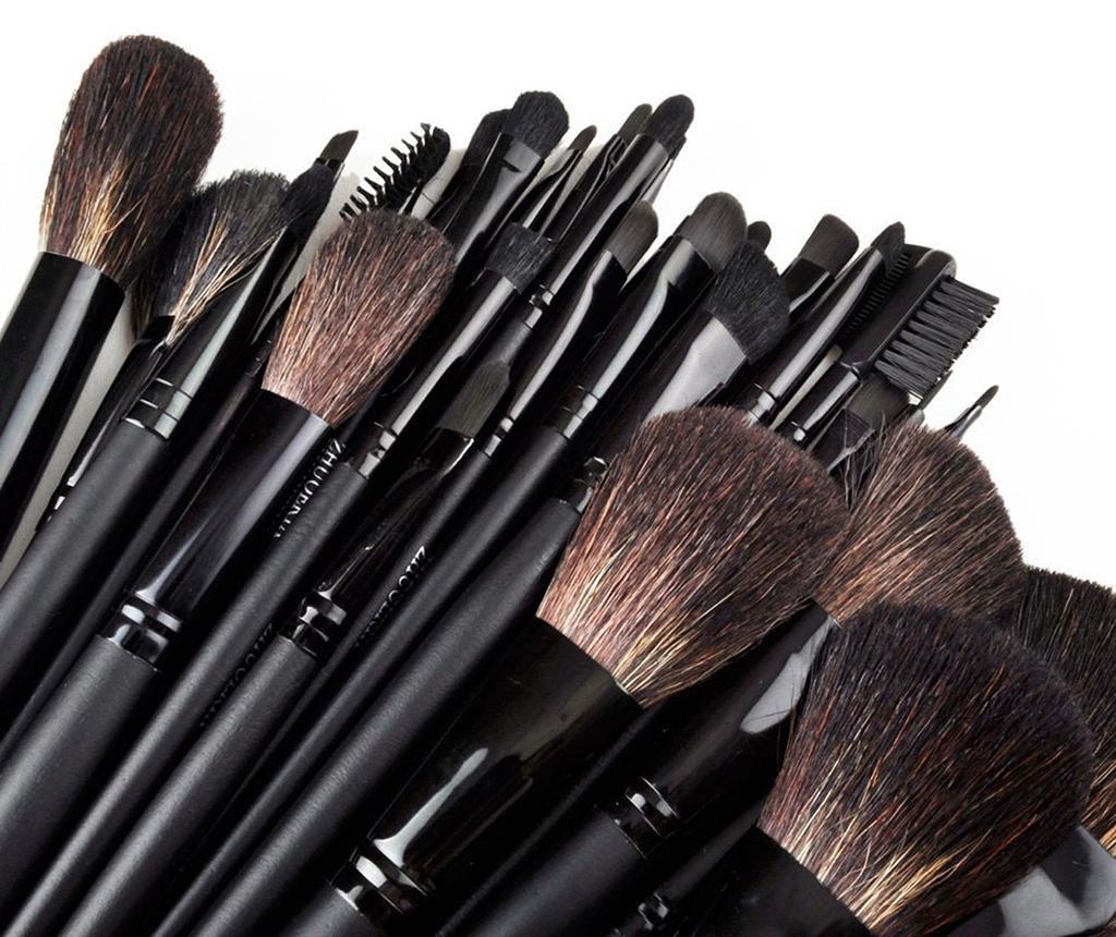 Set 32 čopičev za ličenje in ovitek Face Art Black